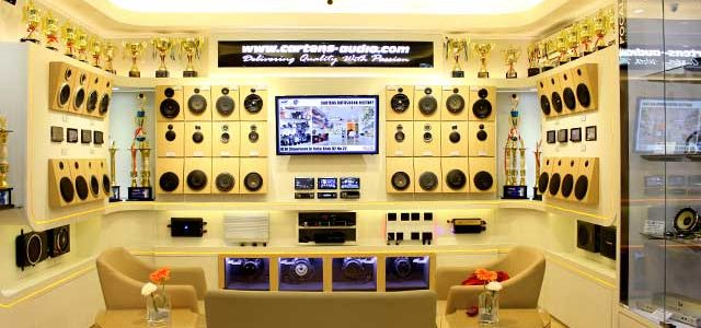 Peremajaan Showroom Cartens Audio