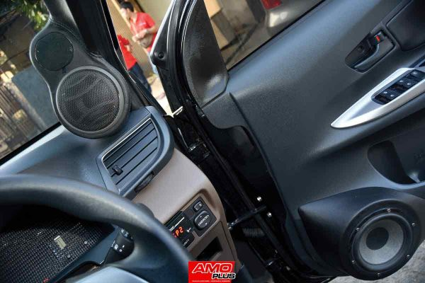 Avanza-KenzoGarage-speaker-right