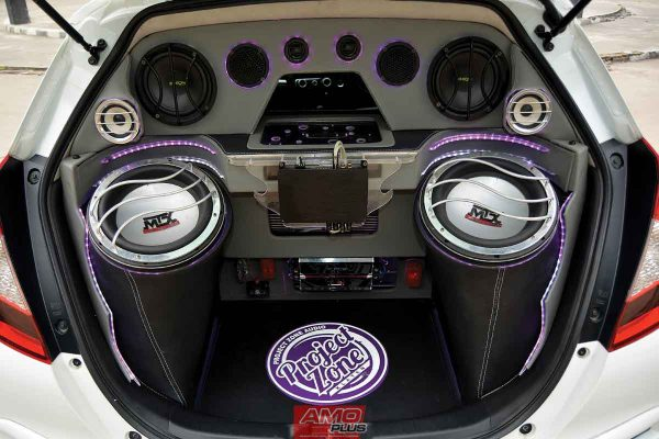 JAZZ-PROJECT-ZONE-AUDIO-KLATEN-rEARsYSTEM