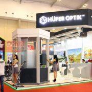 Huper Optik hadir dengan booth elegan di GIIAS 2018