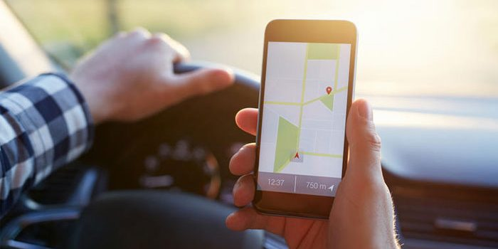 Berkendara Sambil Lihat GPS Masih Berpotensi Tilang, Gugatan di MK Gagal